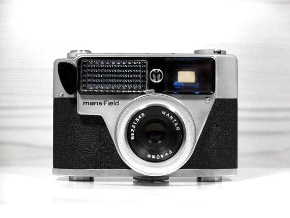 Mansfield Skylark Rangefinder Camera -  vintage camera - 35mm film camera