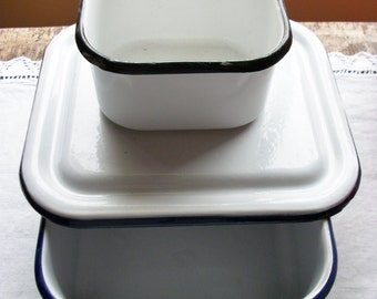 Ca. 1940s Enamelware Refrigerator Storage Containers 3-Pieces Useful Sizes