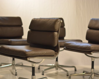 Heaman Miller Eames Soft Pad Side Chairs Set of 4