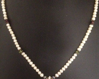 "Beautiful Fresh Water Pearls, 16"" Sterling Silver Chain And Mother Of Pearl Pendant"
