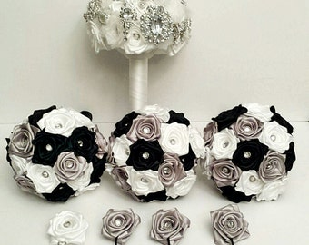 Bridal Party  Bouquet and boutonniere Package - Customize to your colours