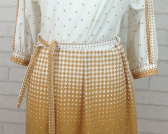 1970's Suzik at Modalink White and Brown Dotted Pattern Dress Size 14