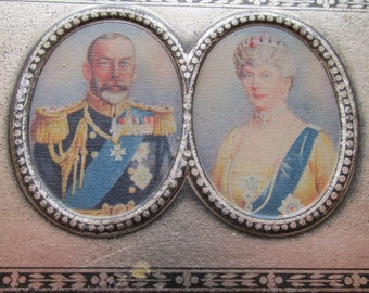 Royal Jubilee Souvenir Chocolate Tin. King George V and Queen Mary 1910 to 1935. Rowntrees Chocolate