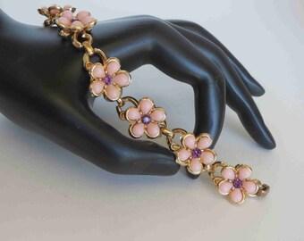 Pink Lucite & Amethyst Rhinestone Floral Link Bracelet