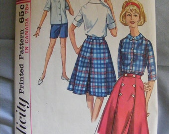 1964 Misses' Wrap Skirt, Blouse, Shorts Simplicity Sewing Pattern 5395 Size 14 Bust 34""