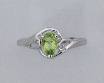 Natural Peridot Ring 925 Sterling Silver