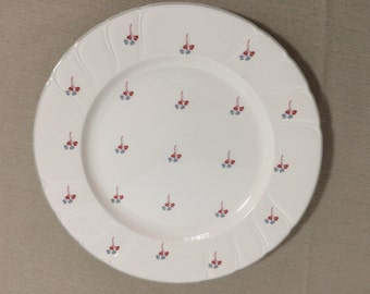 "Noritake Craftone ""Dominique"" Salad Luncheon Plate (1) Red Gray/Blue White Vintage"