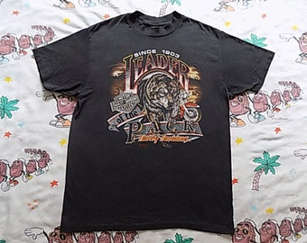 Vintage 90's Harley Davidson Leader Of The Pack T shirt, size Large 1990 3D Emblem soft and thin