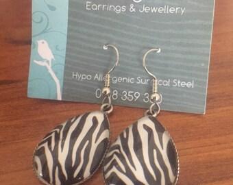 Zebra Striped Tear Drop Earring 25mm x 18mm