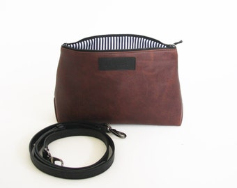 Cross body bag with removable strap