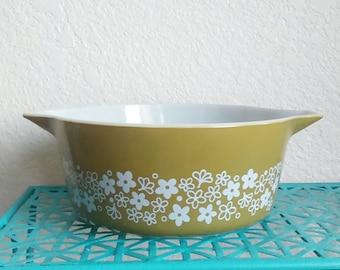 Vintage Pyrex spring blossom casserole dish # 475 - B, 2.5 quart