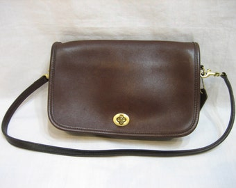 Coach Brown Leather Shoulder Pocket Purse Penny 9755 Front Flap Vintage