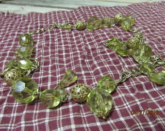 "Vintage Green Lucite Plastic Beaded Goldtone Necklace 1970's Retro Jewelry 36"""