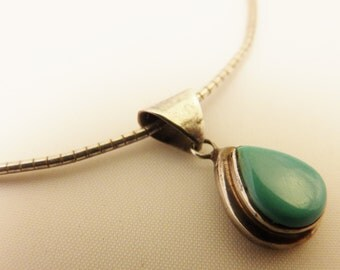 Vintage Sterling Silver Turquoise Pendant Necklace