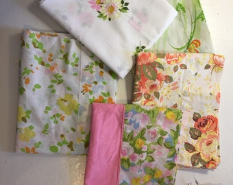 Beautiful Floral Pattern Pair of Vintage Pillowcases in Purple, Turquoise and Green