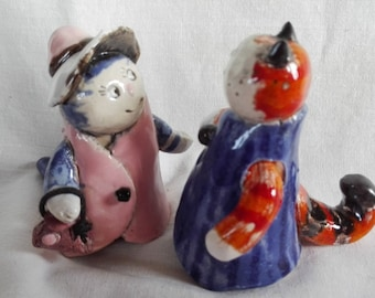 Cat family go for a walk Collectible animal  Cat lady  Cat family  Wedding Cake Topper