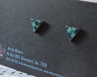 Geometrical Triangle Earrings - TEAL BLOSSUM & BLACK