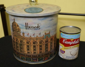 Harrods; Cookie Tin; Approx. 6.5 x 6.5 Inches; Knightsbridge !!!