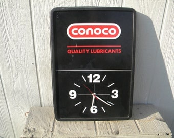 Conoco Quality Lubricants - Battery Operated Clock.  Antique