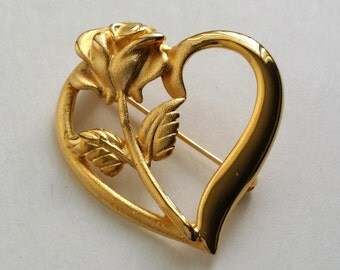 Amazing Vintage Gold Tone Rose Flower Floral Heart Cut Out Pin Brooch