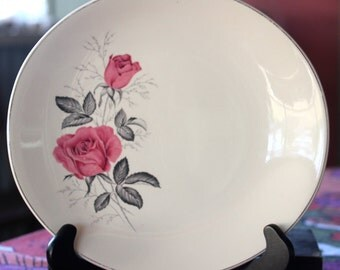 "Vintage 1950's  Johnson Brothers of England   ""Rose"" Cake Or Dinner Plate"