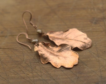 Real oak leaves and pearls earrings, electroformed natural leaf,botanical jewelry,electroforming,electroplated,elf,fairy elven earrings