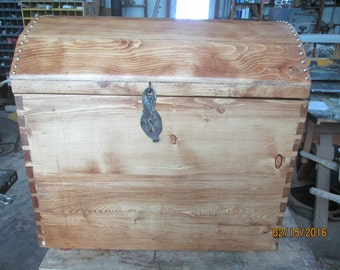 Round top chest, pirate chest.