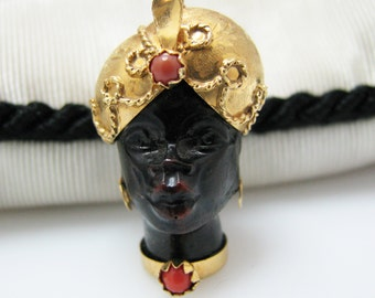 Vintage Blackamoor Carved Ebony Head with Head dress Pendant in 18k yellow gold