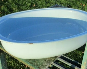 Large Vintage Enamel Bath Tub Retro Baby Blue Infant Doll Wash Basin Shabby Chic