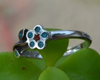 Navajo designed turquoise & coral flower ring 7, 7.5, 8