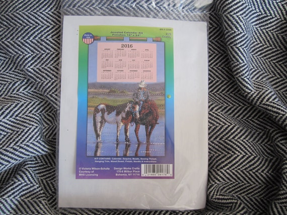 https://www.etsy.com/listing/260483976/2016-felt-calendar-craft-kit?ref=shop_home_active_1