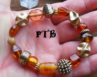Productive ~ Authentic Orange Lampwork Glass beaded stretch Bracelet 7 3/4""