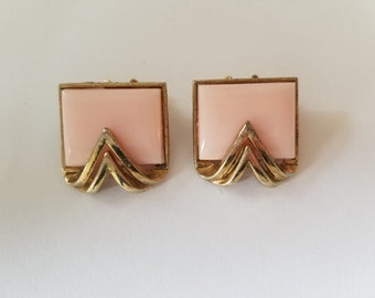 Vintage Pink Square Clip On Earrings set with a V.