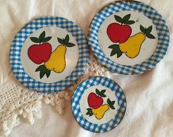 Vintage Fruit Tin Dishes, Blue and white plaid border; 3 piece Dish Set