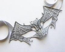 Bat girl's Mask, Bat Mask, Halloween BatMasks, Halloween Mask, Bat Lace Mask in Black, Gold or Glitter detail