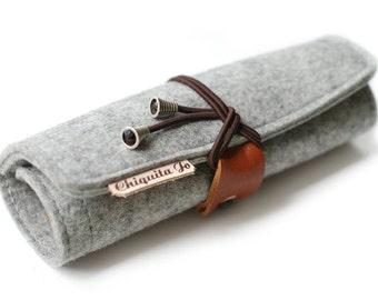 Felt & leather pin cushion spring bag