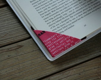 MTO 2 corner bookmarks - Words