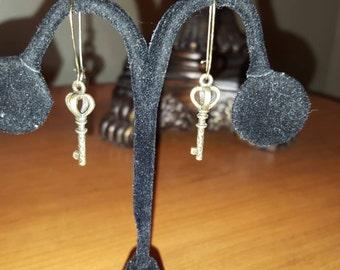 Antique Bronze Royal Key Charm Dangle Earrings 25mm