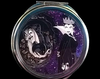 """Pocket mirror or bag, sequined """"EVIL QUEEN in WITCH""""  Snow White"""