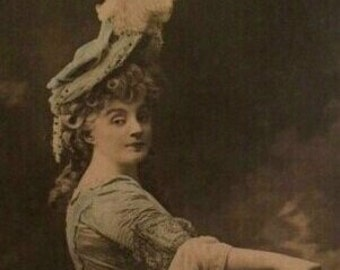 French Actress Postcard/Photo 1900s, Hand Tinted