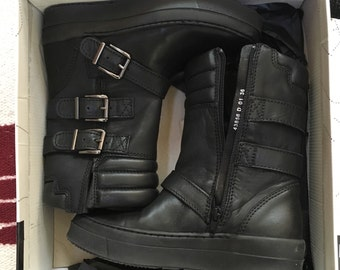 Bronx boots yes much US 6 euro 36 leather new in box