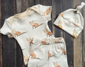 Organic Baby Coming Home Outfit - Baby Fox, woodland baby welcome home, preemie baby outfit, fox bodysuit, leggings, knot hat