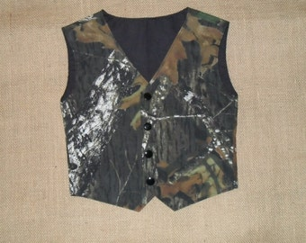 Boys and Men Camo vest Great for weddings NB to size 10. Mossy Oak Cotton shown in pic. #2 in fabric list. 22 camo colors
