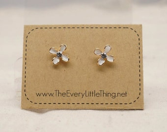 Little Flower Earring 2 Colors Available (non-allergic stainless steel stud)