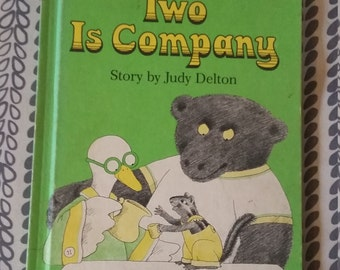 Two is Company by Judy Delton Copyright 1976, Vintage Children's Books, Vintage Weekly Reader Books, Baby Shower Gifts, Gift For Children