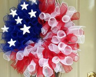 Patriotic wreath, patriotic deco mesh, 4th of July wreath, Memorial Day wreath, Labor Day wreath, summer deco mesh wreath, red, white, blue