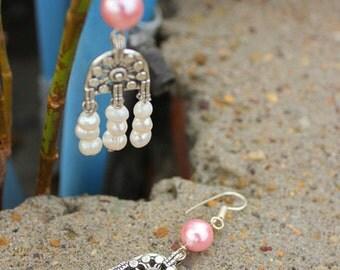 PinkBasket Shell Pearl Metal Earrings