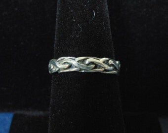 Womens Vintage Estate .925 Sterling Silver Ring 2.3g, E2450