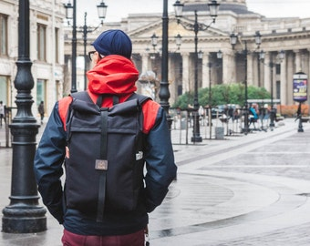 Rolltop commuter backpack | rucksack Mitte