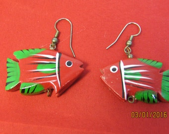 FISH EARRINGS In RED And Green